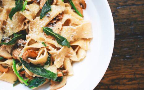 Pirított csirkés gombás spagetti recept